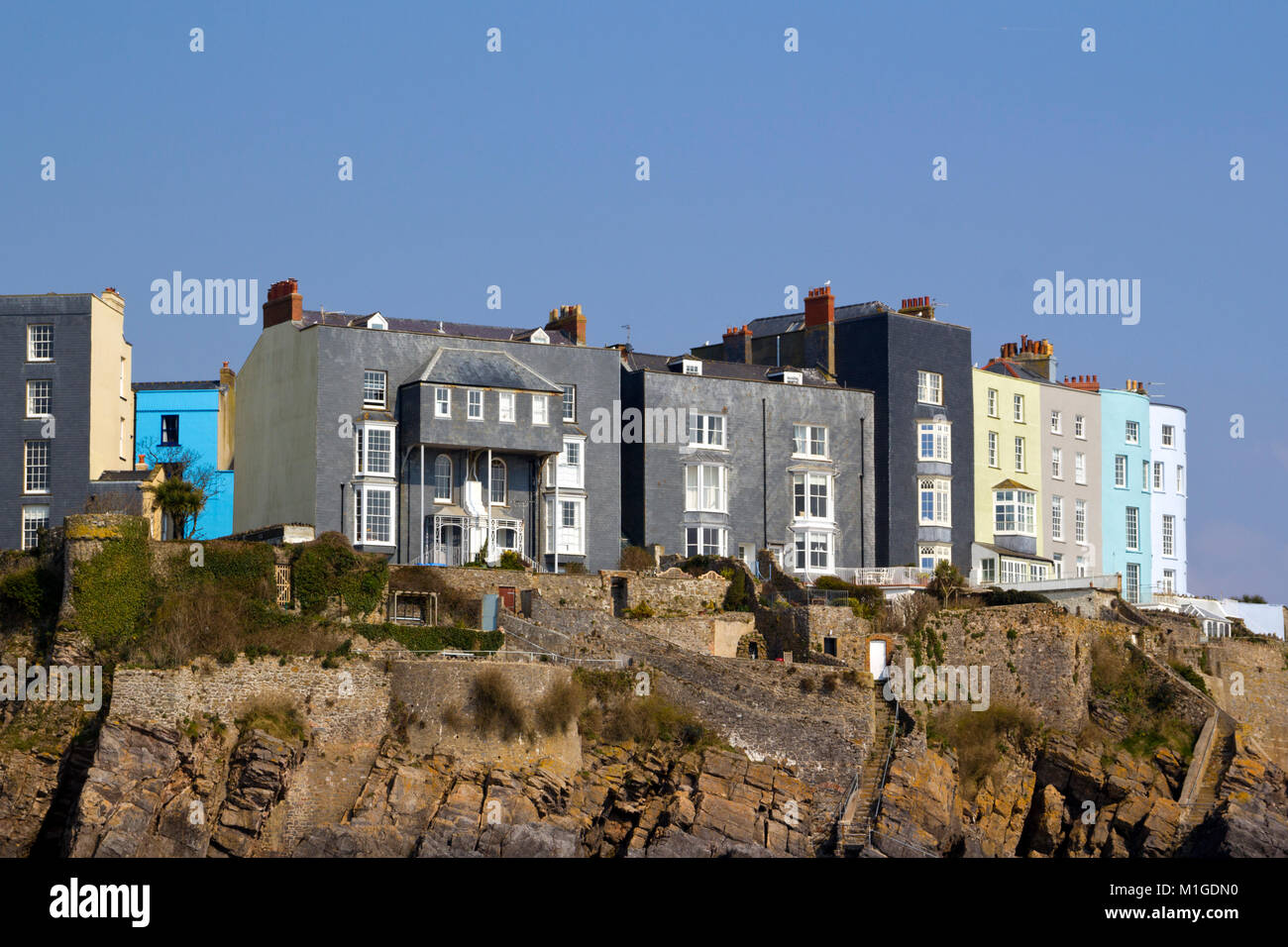 Immagini Case Grigie : Grey painted house immagini grey painted house fotos stock alamy