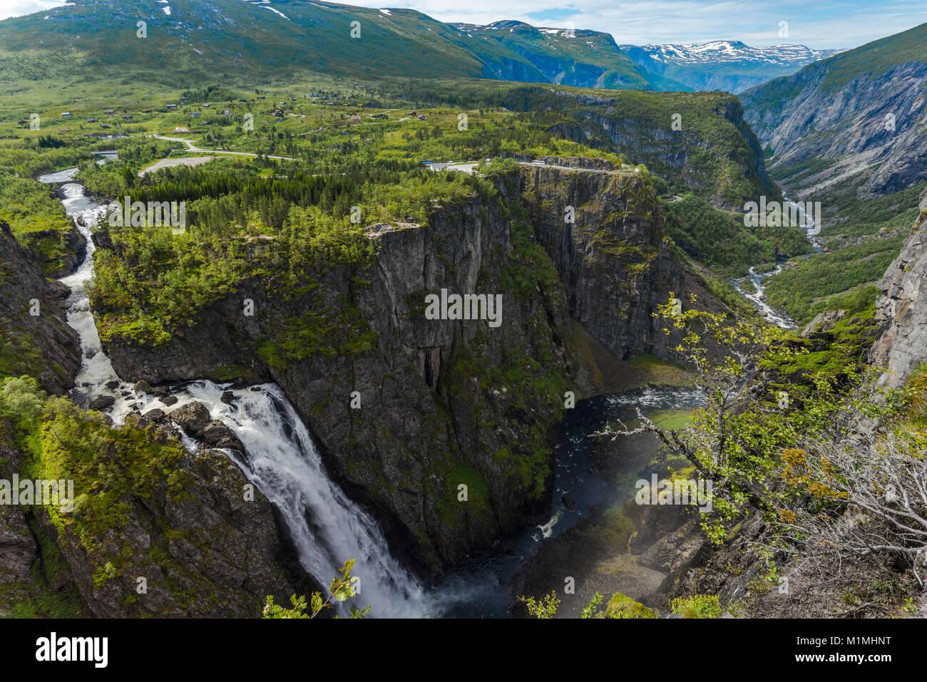 Cascata Voringfossen e il canyon di Mabodalen, Norvegia, Scandinavia, anche Voringsfossen, ruvido paesaggio e panorama Immagini Stock
