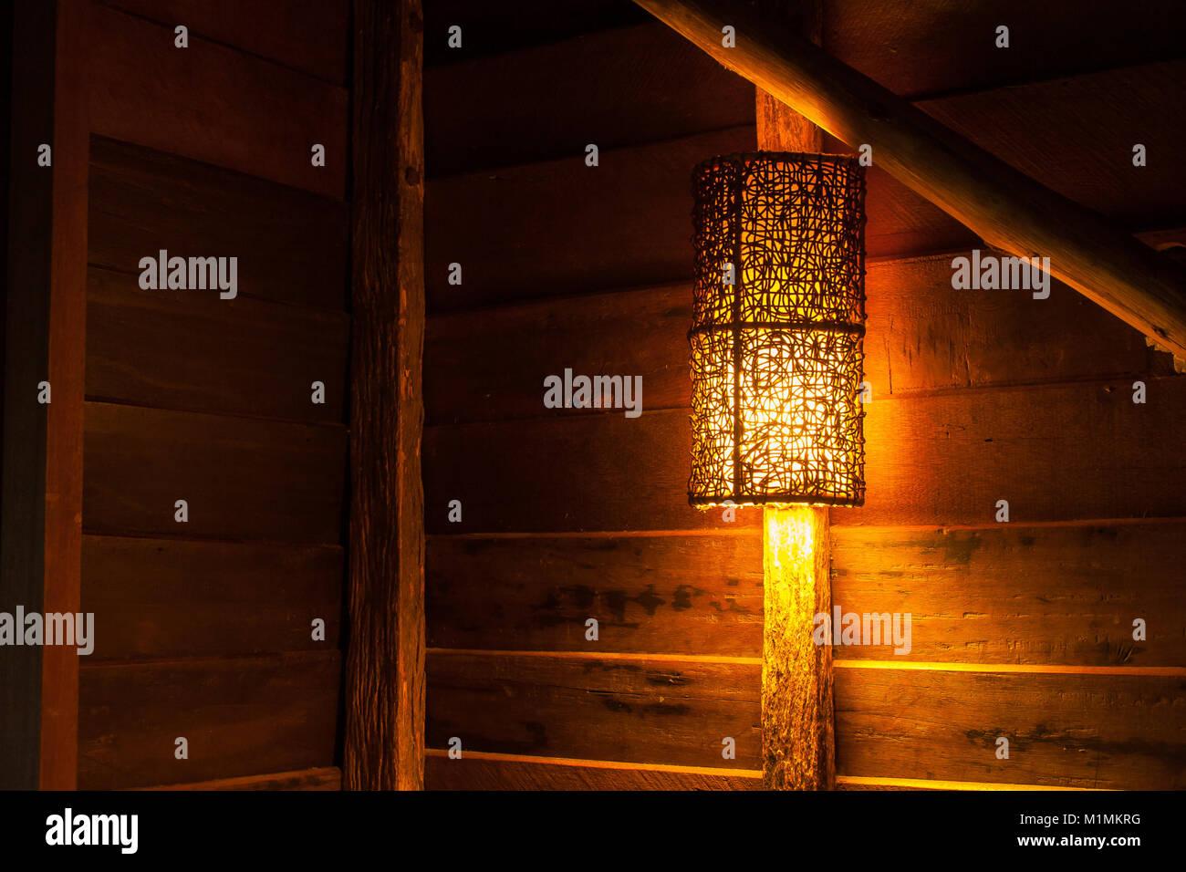 Plafoniere Da Parete In Legno : Illuminazione lampade da parete ottone interno classico