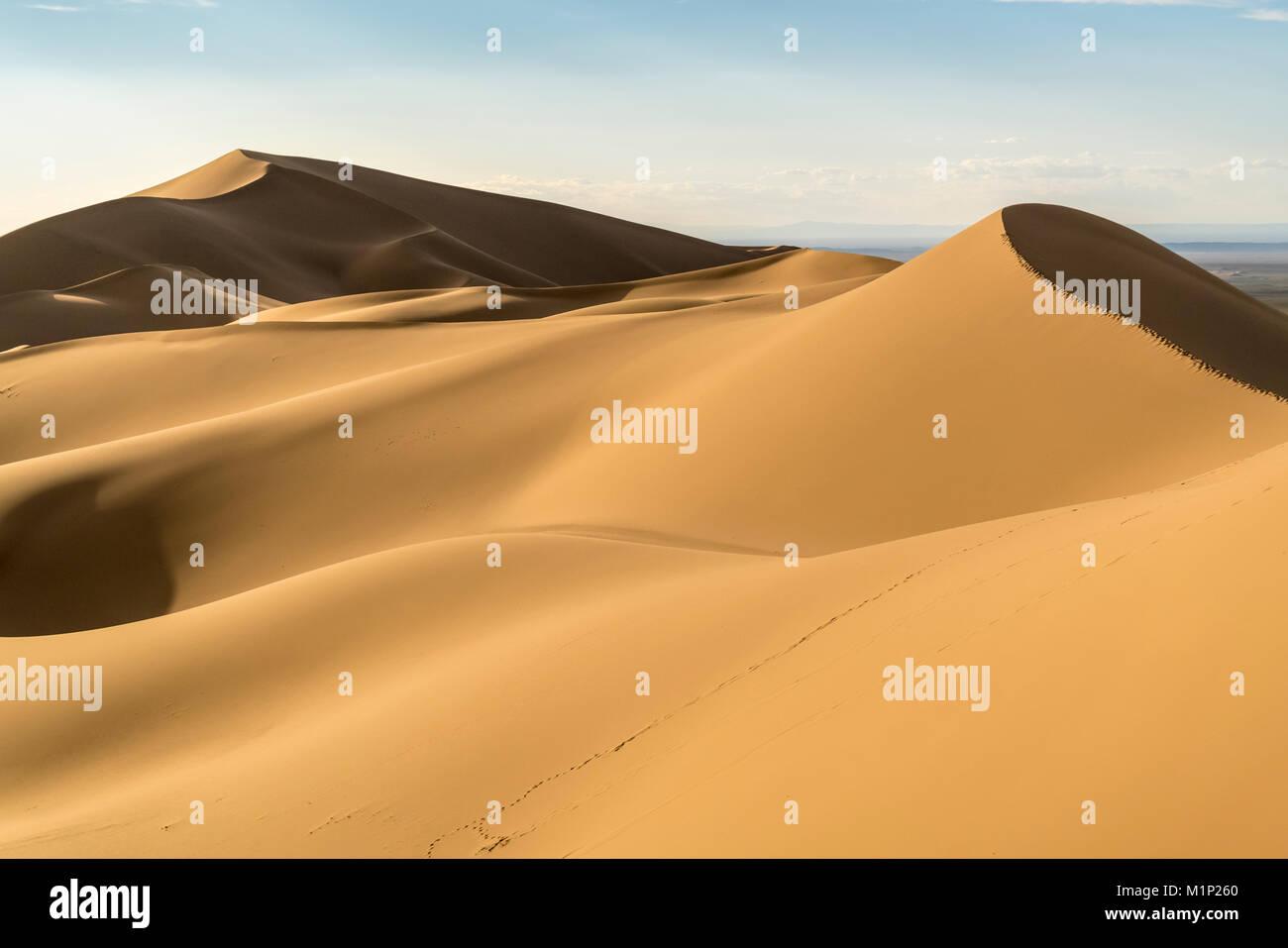 Khongor dune di sabbia in Gobi Gurvan Saikhan National Park, Sevrei distretto, a sud della provincia di Gobi, Mongolia, Asia Centrale, Asia Foto Stock
