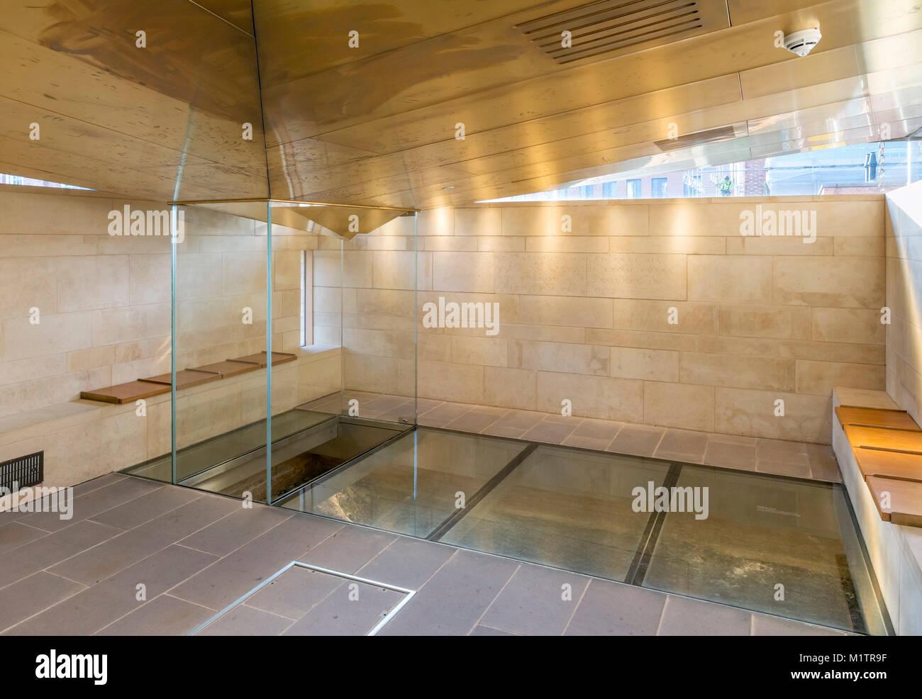 Sito della scoperta delle ossa di Richard III in re Richard III Visitor Center, Leicester, England, Regno Unito Immagini Stock