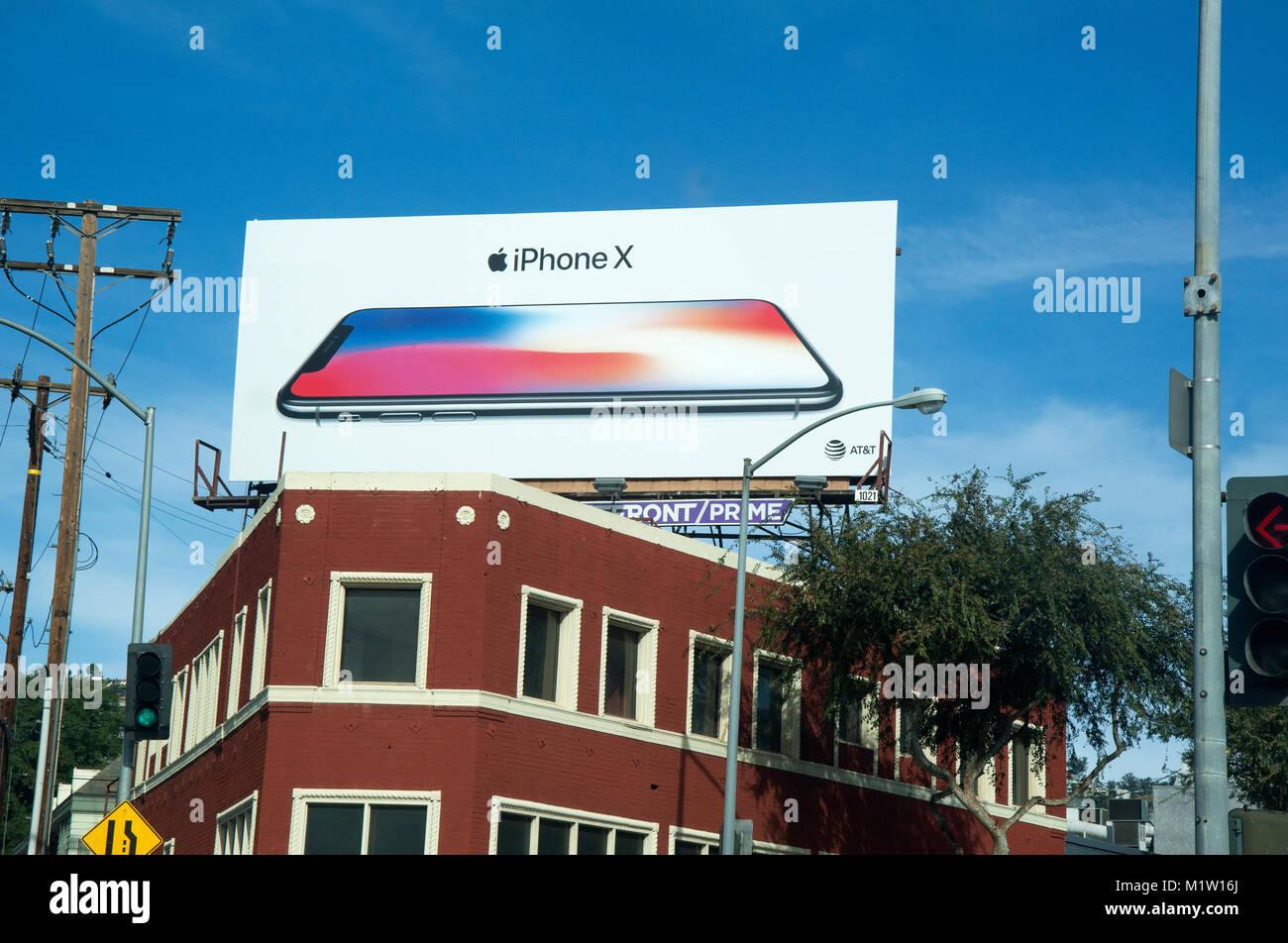 I Phone X affissioni a Santa Monica e Doheney Blvd. in West Hollywood, LosAngeles, CA Immagini Stock