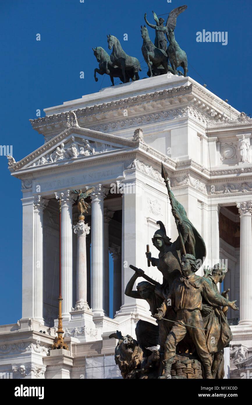 L'Altare della Patria - il Monumento Nazionale a Vittorio Emanuele II, statue e Monumento, Roma, lazio, Italy Immagini Stock