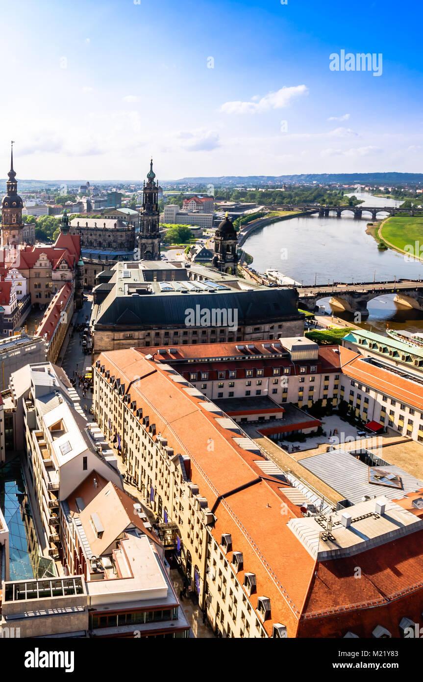 Vista panoramica su Dresda dalla parte superiore della chiesa Frauenkirche - Germania Immagini Stock