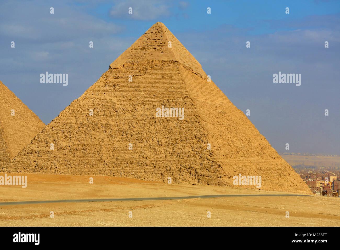 La piramide di Khafre (o Chephren) sull'Altopiano di Giza, il Cairo, Egitto Immagini Stock