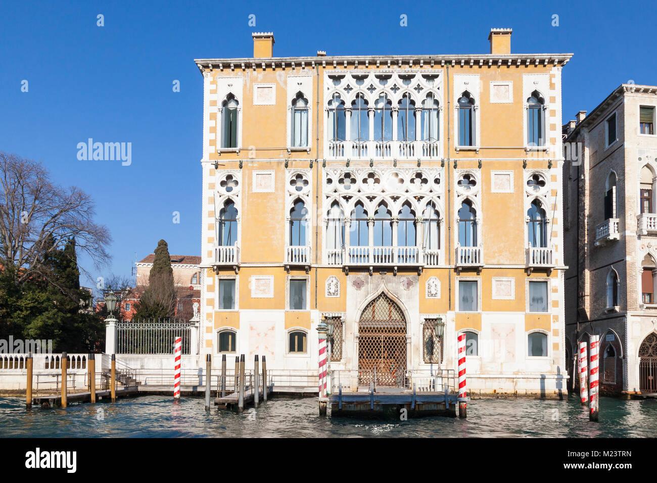Palazzo Cavalli Franchetti, l'Istituto Veneto di Scienze, Lettere ed Arti , Canal Grande Venezia, Italia, Grand Immagini Stock