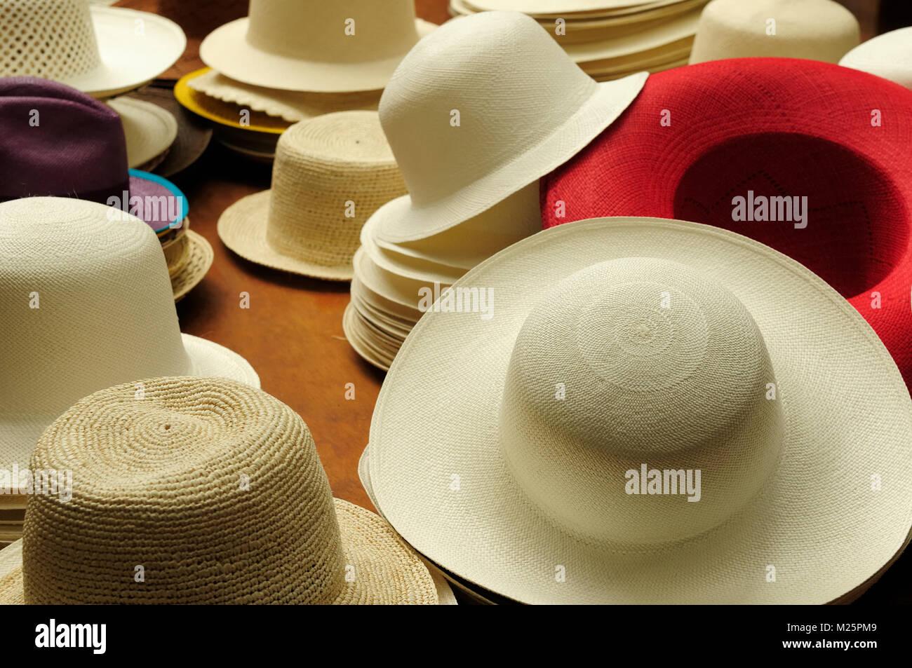 Panama Hats Cuenca Ecuador Immagini   Panama Hats Cuenca Ecuador ... 085d055257ea