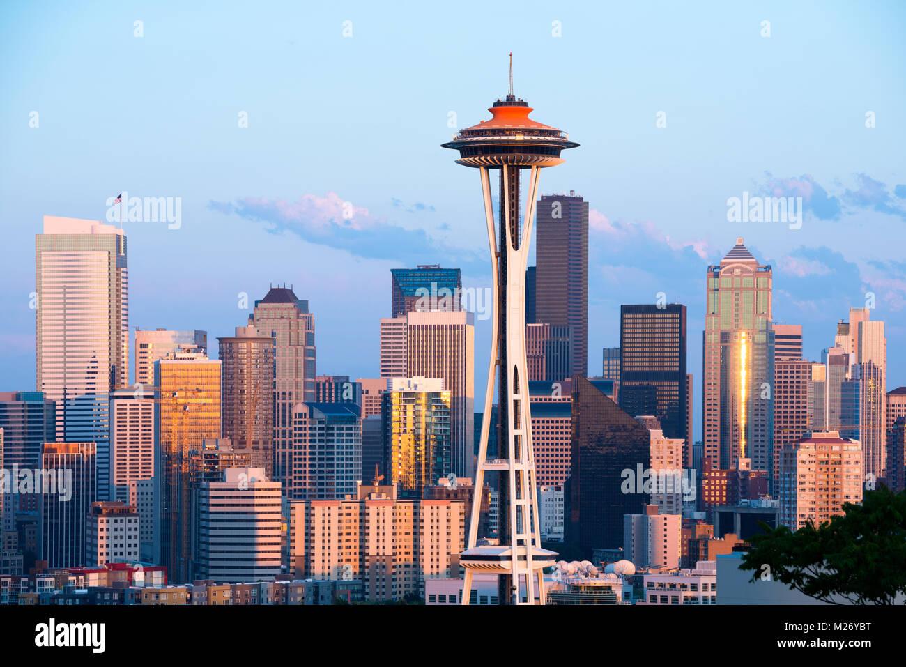 Lo skyline del centro cittadino di Seattle in stato di Washington Immagini Stock