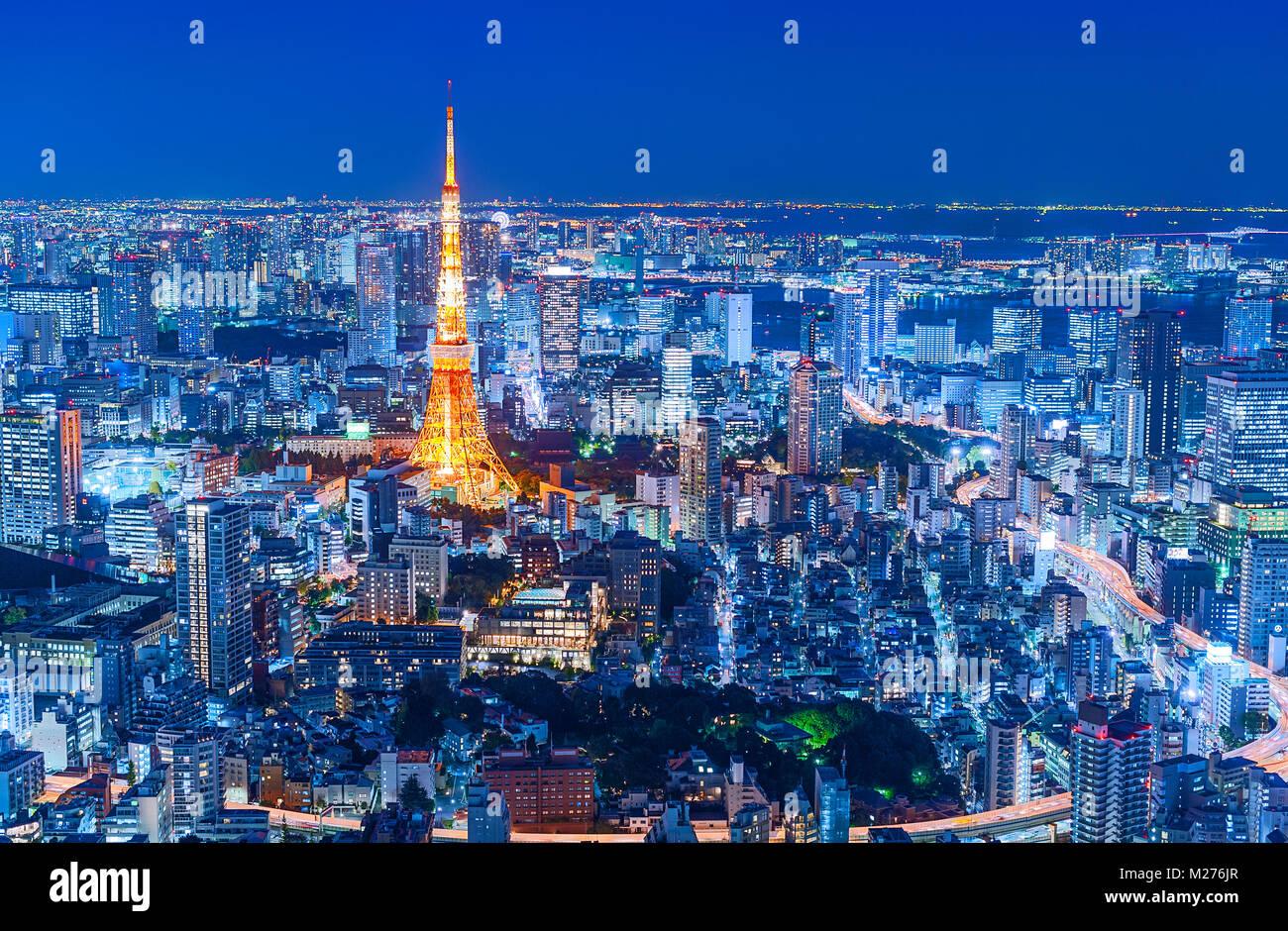 Lo skyline di Tokyo Tokyo Tower luci della città Immagini Stock