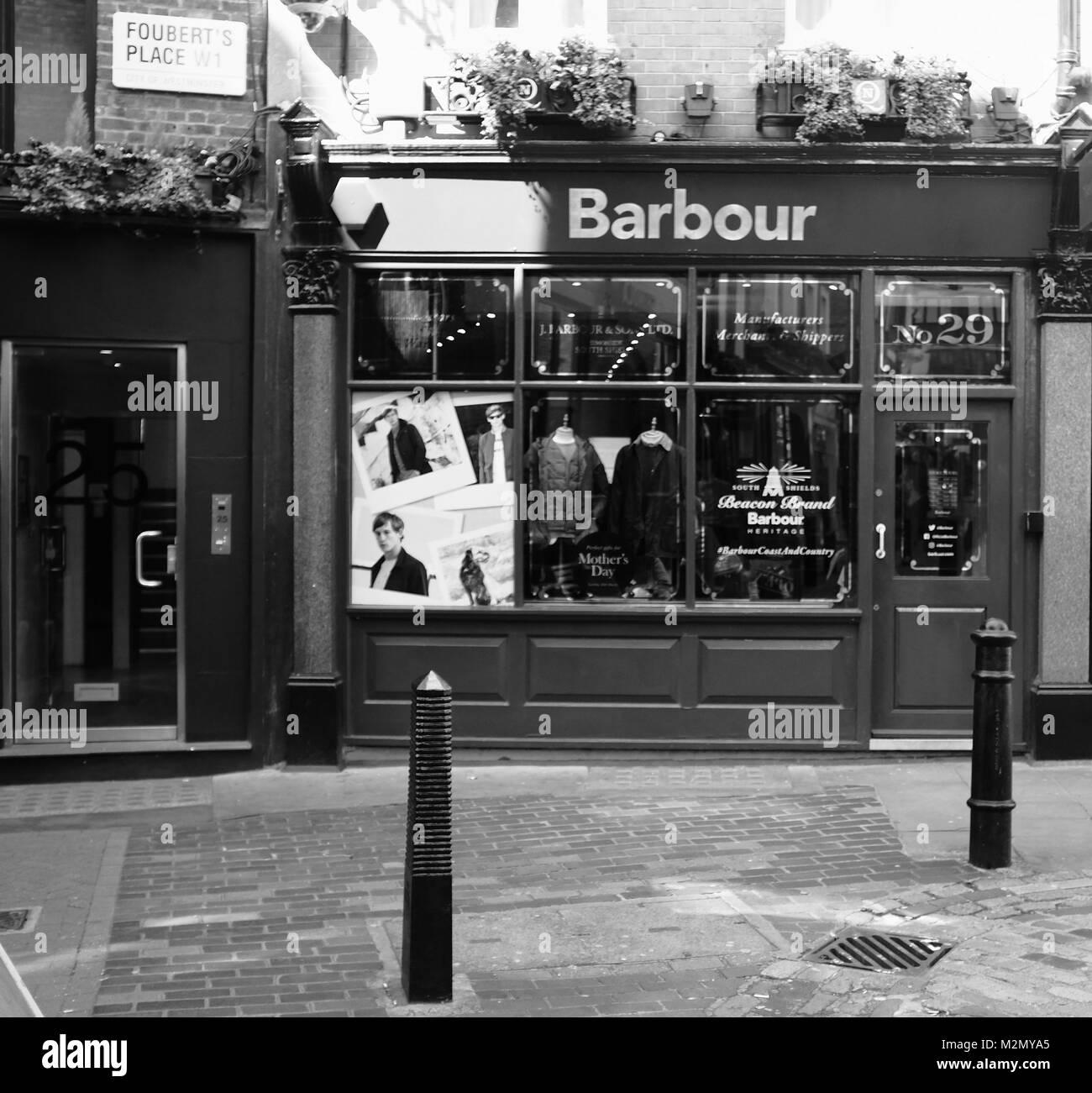 Bianco   Nero Fotografia di Barbour giacca cera Shop in Fouberts Place 48c6a1354ddd