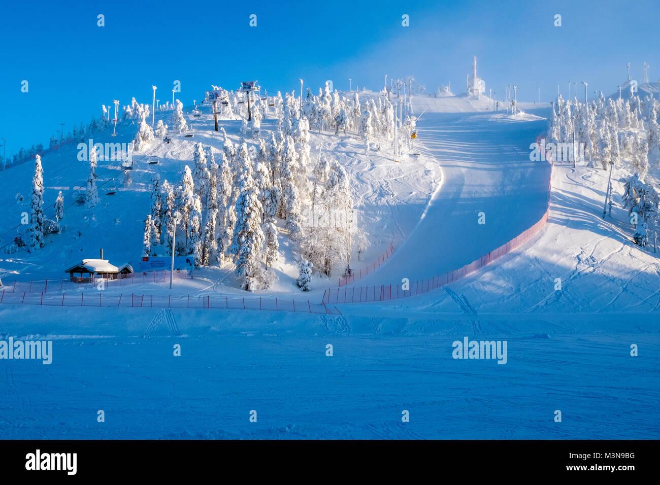La stazione sciistica di Ruka in Finlandia Immagini Stock