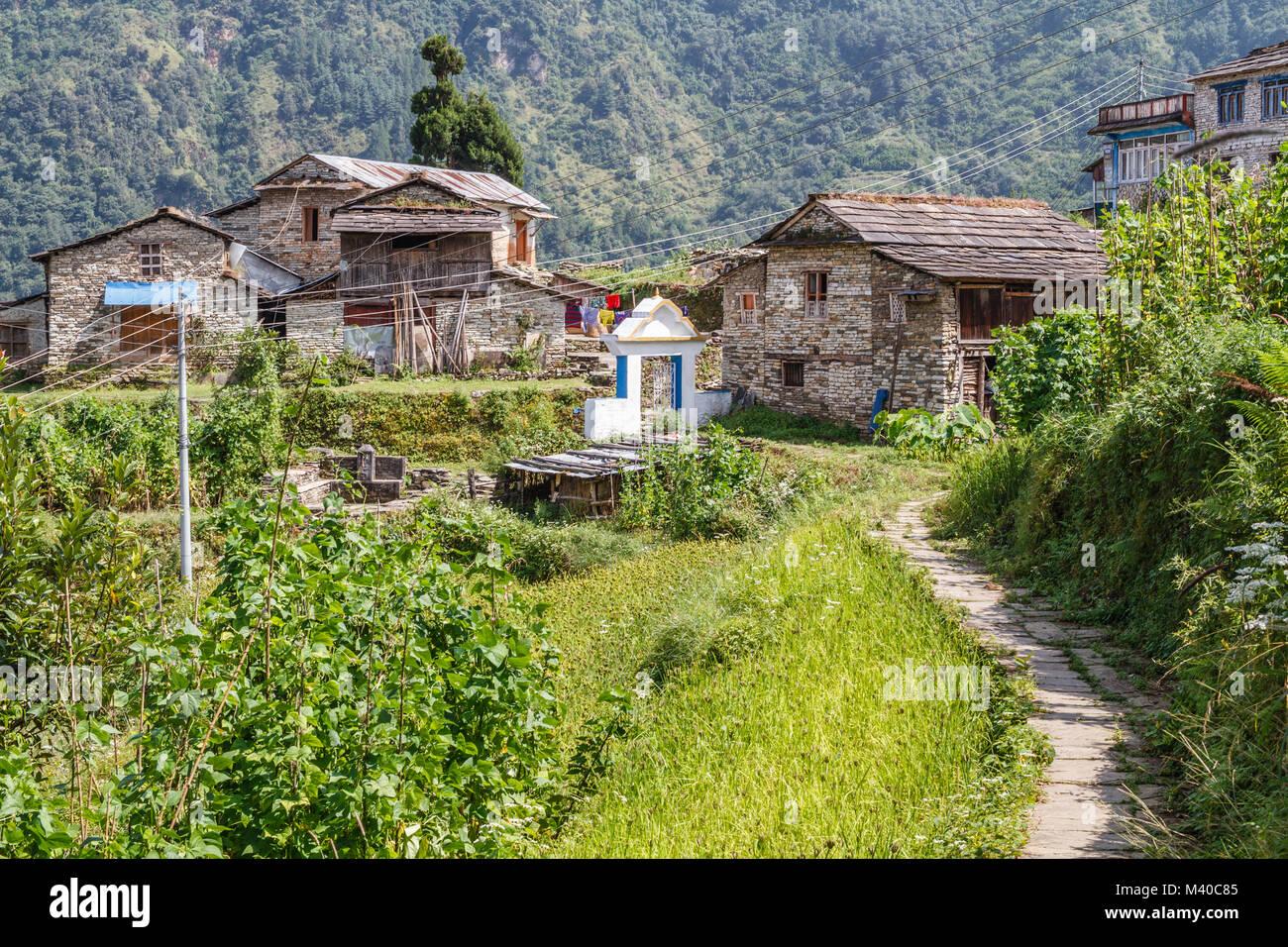 Case In Pietra Di Montagna : Rivestimenti in pietra per casa di montagna youtube