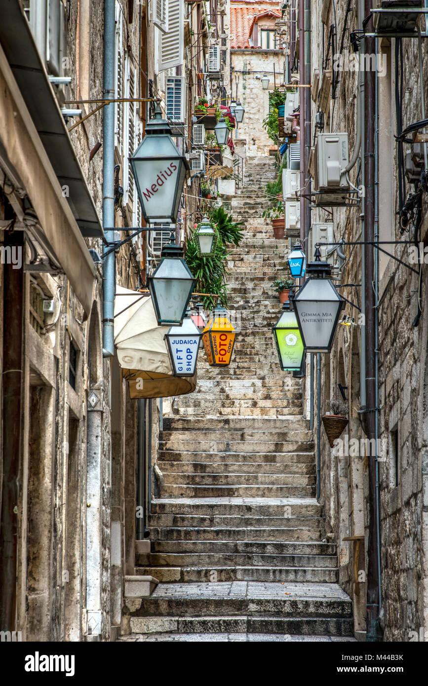 Il pittoresco angolo del centro storico di Dubrovnik, Croazia Foto Stock