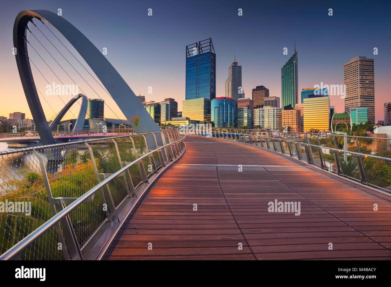 Perth. Immagine Cityscape di Perth skyline del centro, Australia durante il tramonto. Immagini Stock
