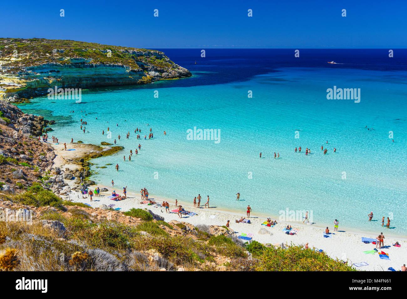 L Italia Sicilia Isola Di Lampedusa Spiaggia Di Coniglio Foto