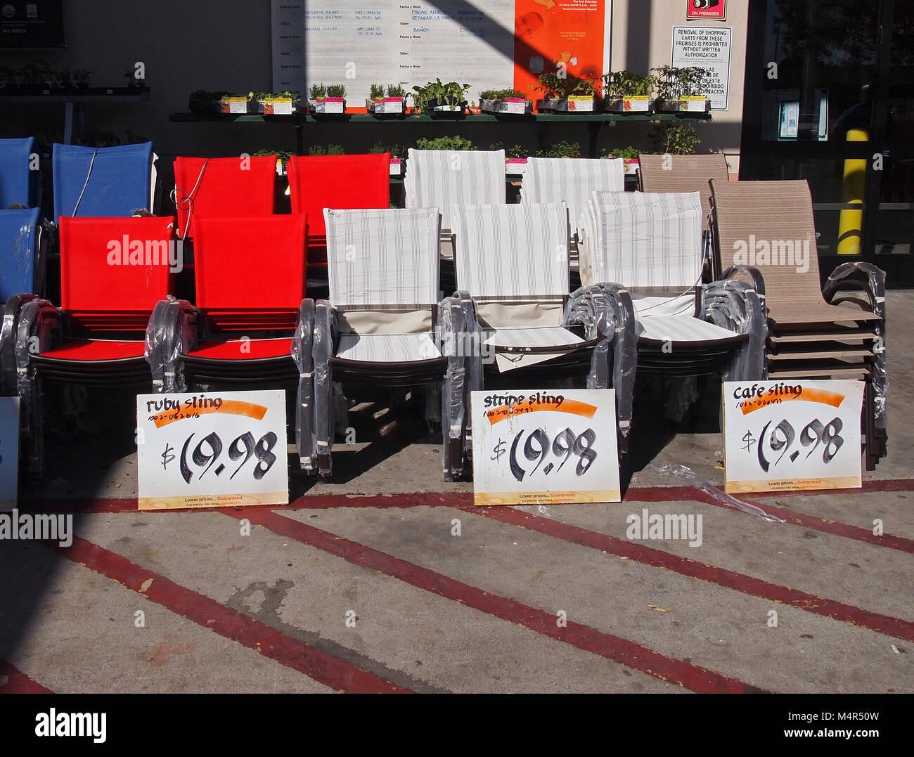 Vendita Sedie A Sdraio.Pile Di Sedie A Sdraio Per Vendita A Home Depot Store California