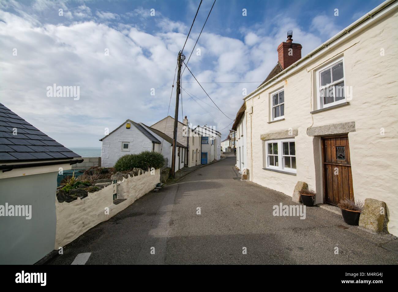 Street nel villaggio di Porthleven Cornovaglia Immagini Stock
