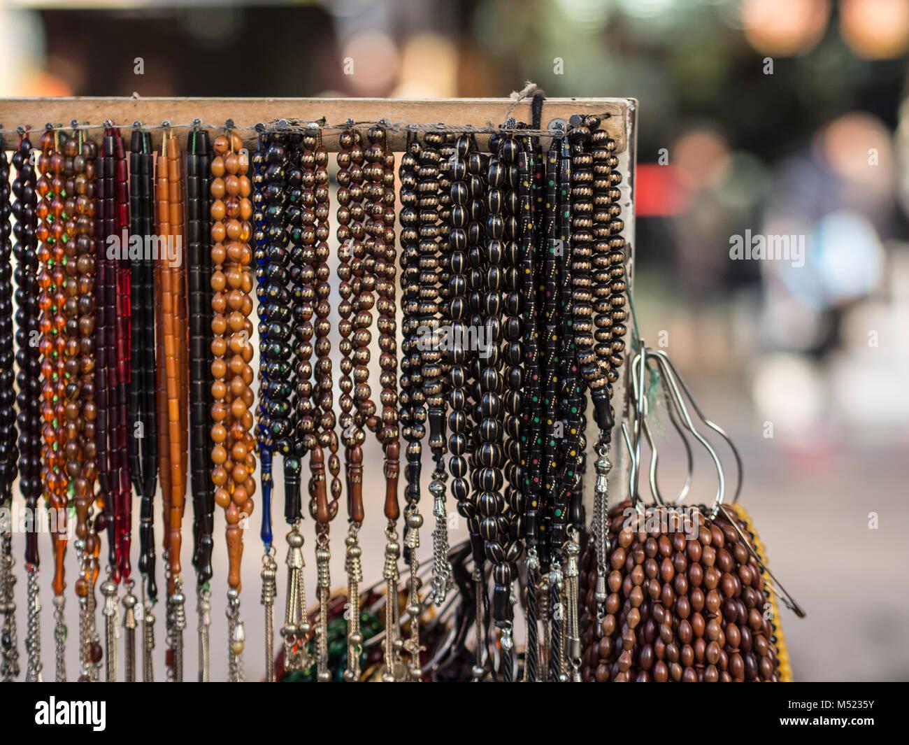 Bagno turco rosario appeso sul banco di vendita foto immagine