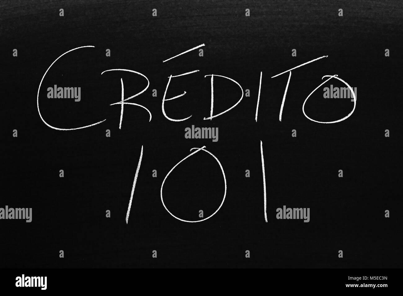 Le parole Crédito 101 su una lavagna in Chalk Immagini Stock