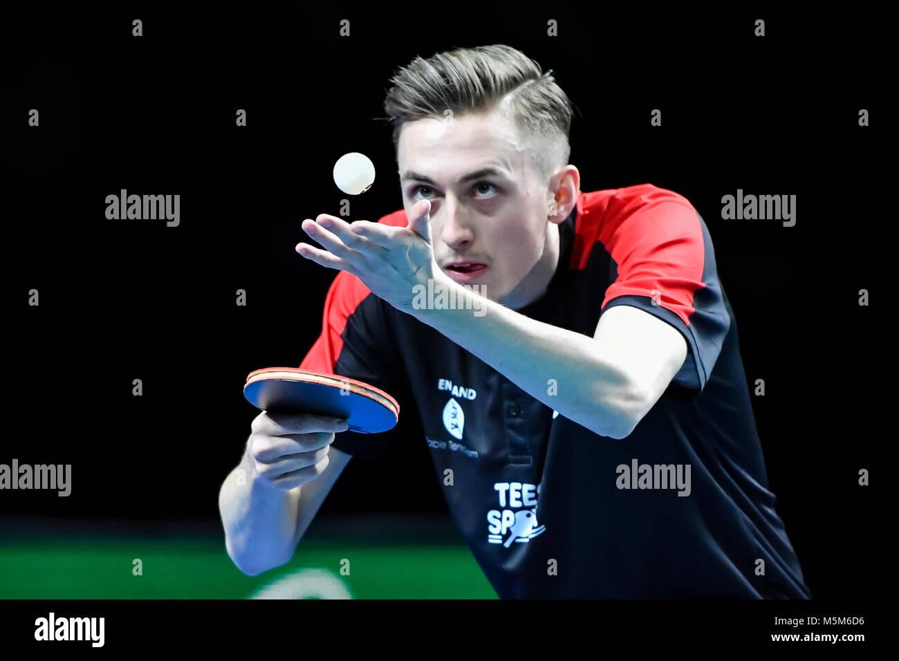 Londra, UK, 24 feb 2018. Lian Pitchford di Inghilterra durante la International Table Tennis Federation World Team Immagini Stock