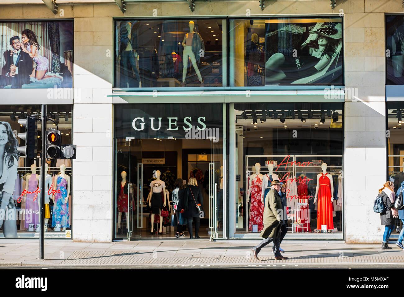 Guess Shop Immagini e Fotos Stock Alamy
