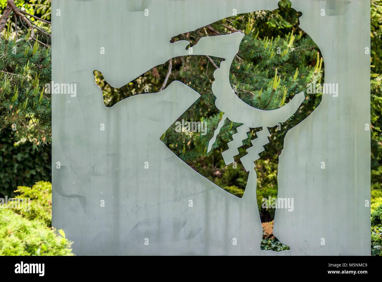 Lottatore di Sumo scultura presso il La Parc Olympic a Losanna, Svizzera. Suoneria Sumo Skulptur im La Parc Olympic Immagini Stock