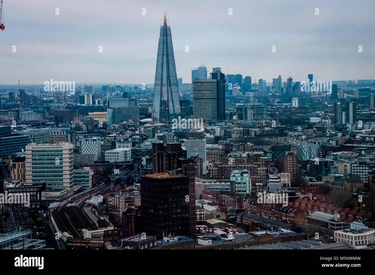 Una vista del coccio e dello skyline di Londra, London, Regno Unito Immagini Stock