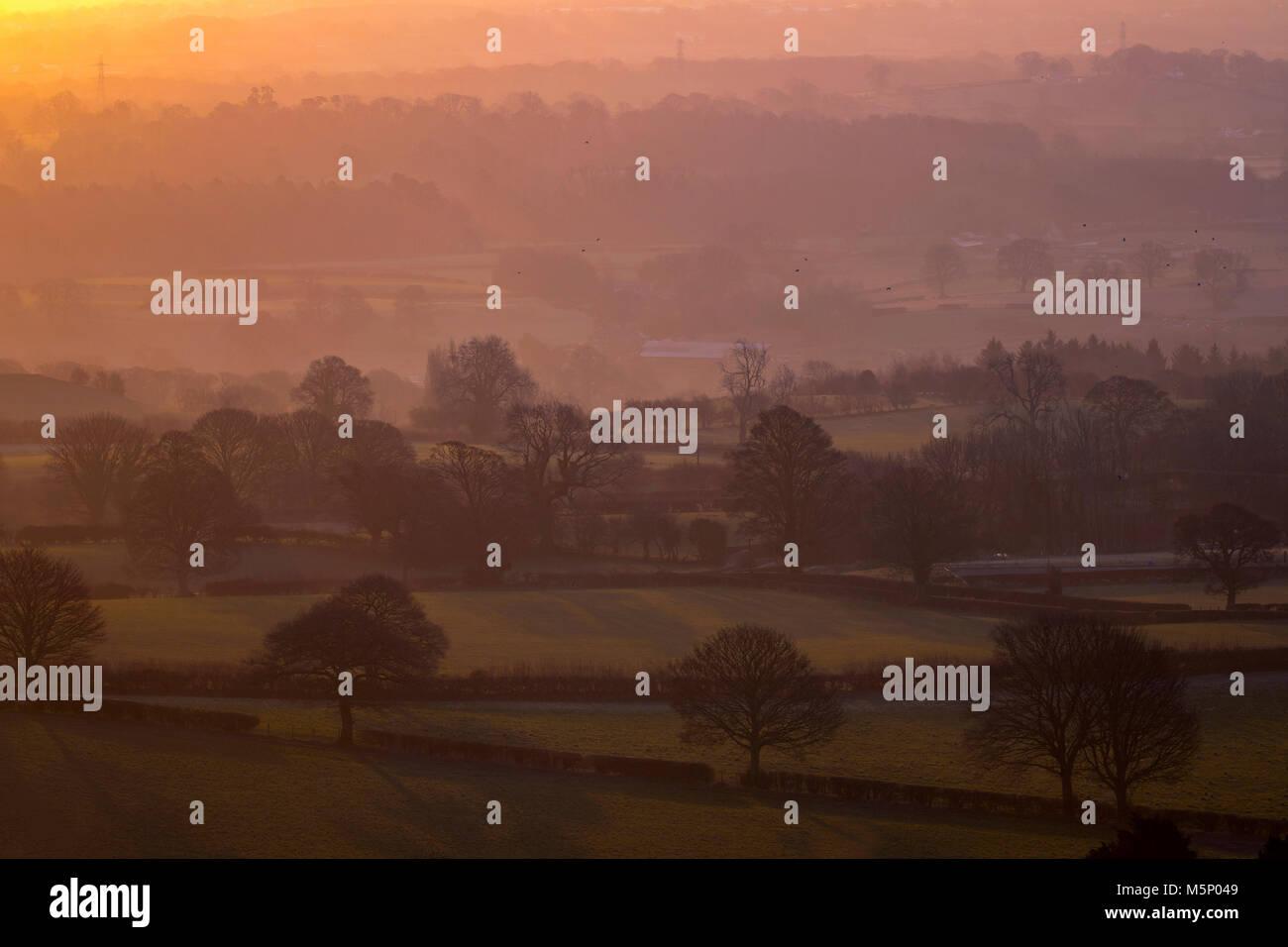 Flintshire, Galles, nel Regno Unito il 25 febbraio 2018, UK meteo: Le temperature sono già cominciando a cadere Immagini Stock