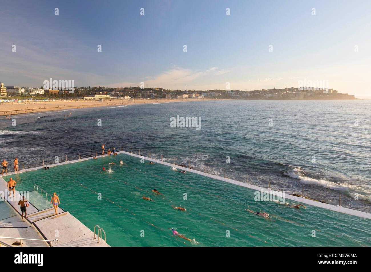 Bondi iceberg piscina, la spiaggia di Bondi, Sydney, Nuovo Galles del Sud, Australia Immagini Stock