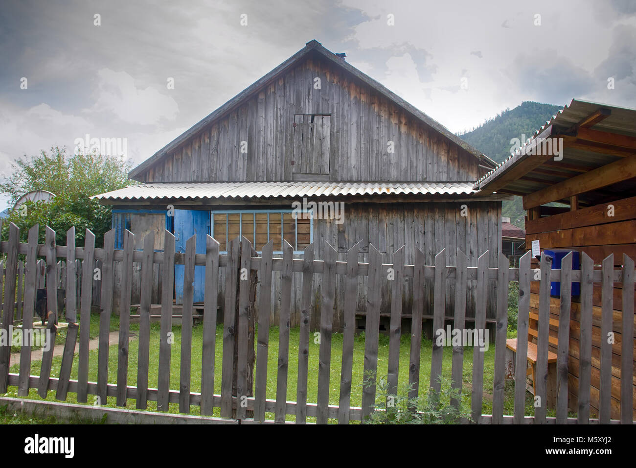 Ufficio Casa Legno : Il vecchio ufficio postale casa rurale casa in legno nel