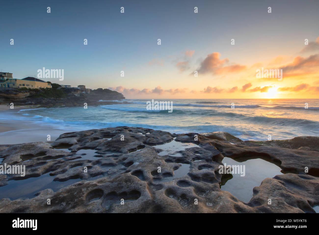 Tamarama Beach a sunrise, Sydney, Nuovo Galles del Sud, Australia Immagini Stock