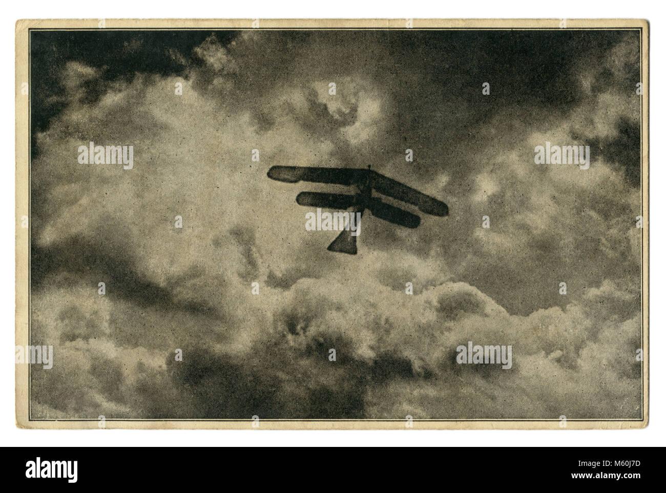 La Credenza In Tedesco : Vecchia cartolina tedesco: a voli ad alta quota silhouette di un