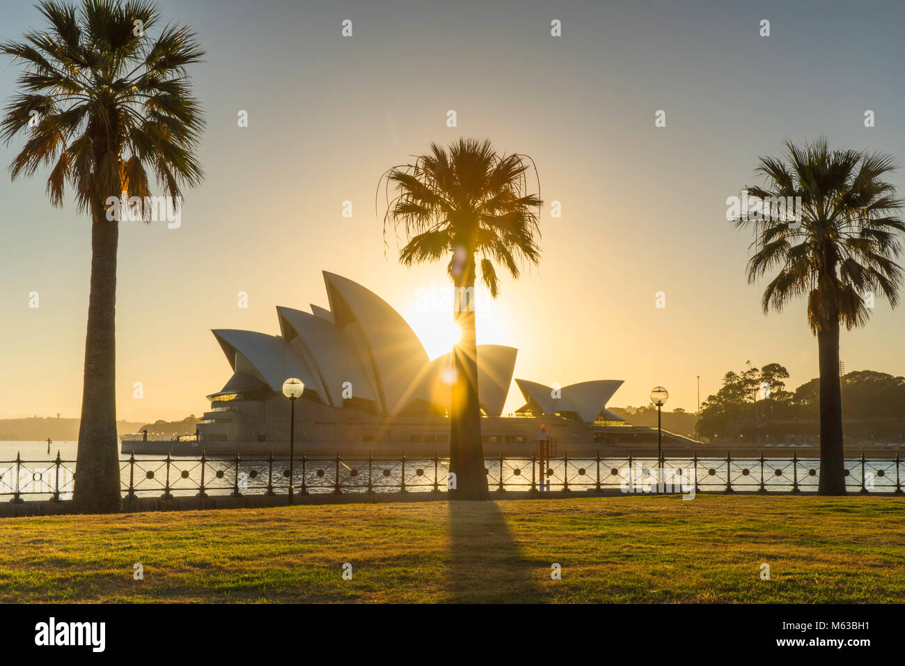 Sydney Opera House di sunrise, Sydney, Nuovo Galles del Sud, Australia Immagini Stock
