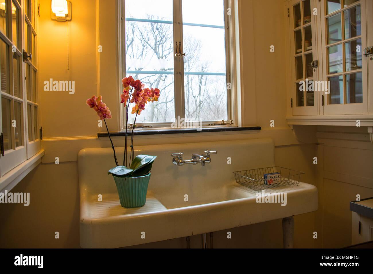Cucine moderne con lavello sotto finestra sbalorditivo idee per