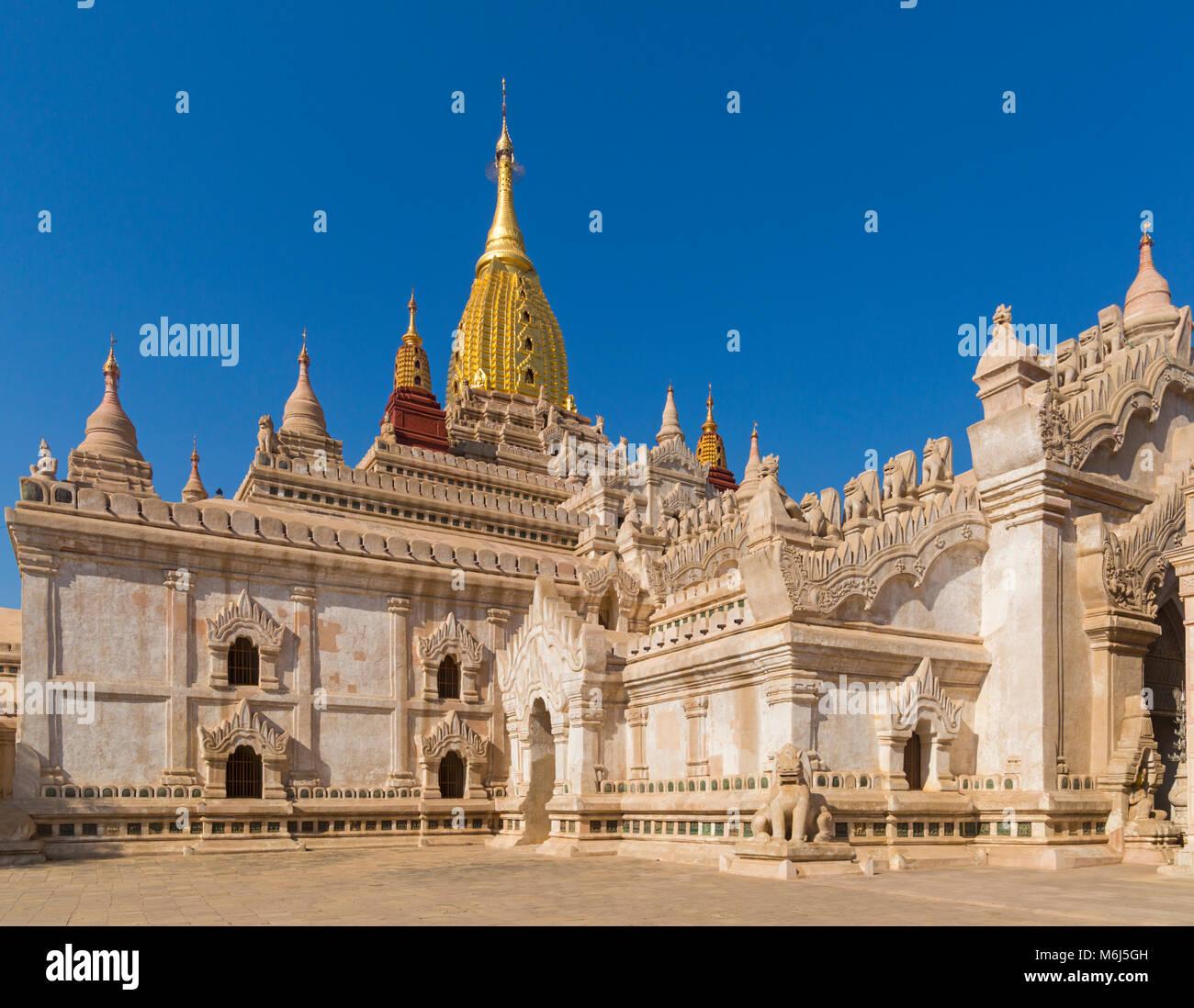 La Pagoda di Ananda, Ananda Tempio a Bagan, Myanmar (Birmania), l'Asia in febbraio Immagini Stock