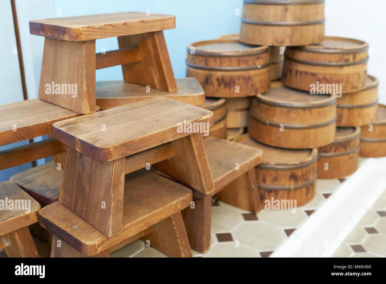 Sedile Doccia Legno : Sedile per onsen è fatta di legno del giappone e una pala di