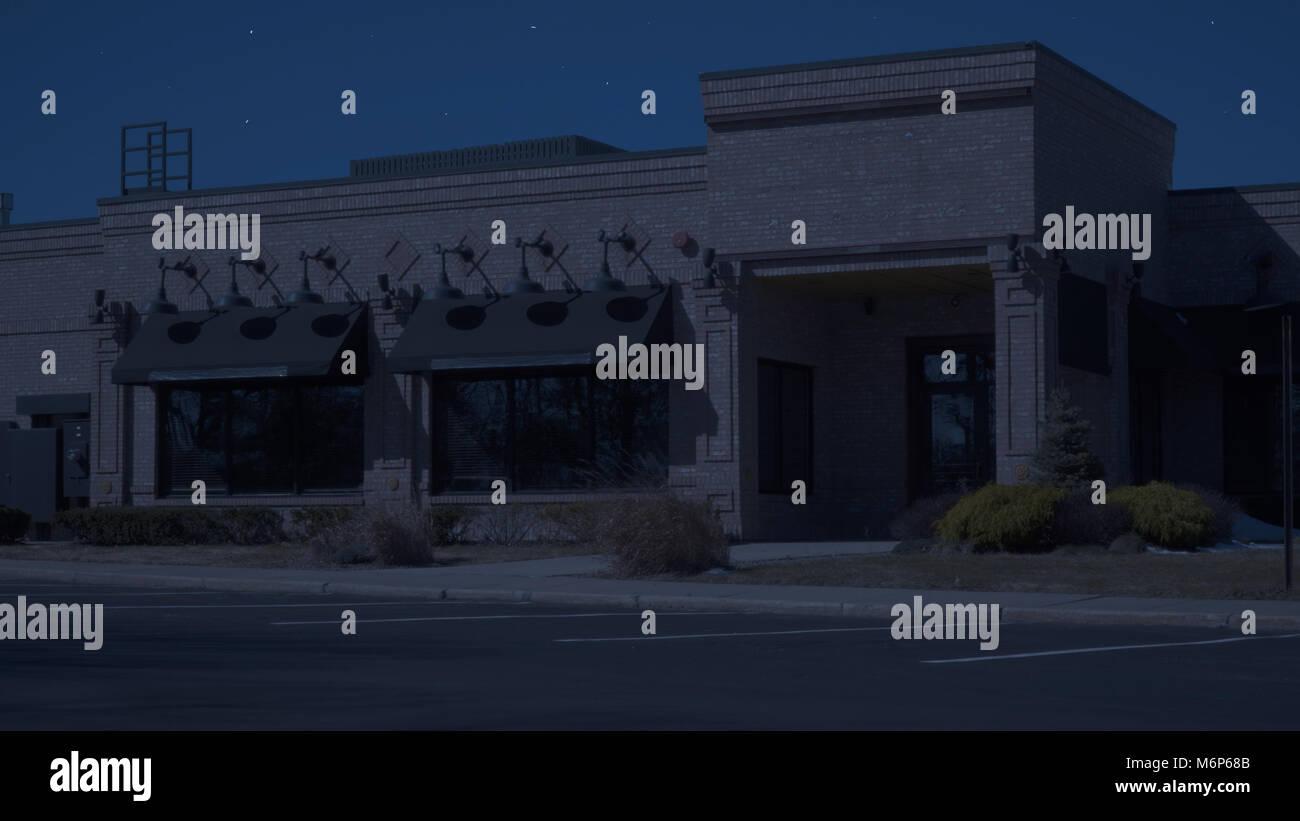 Esterno Ristorante generico diner che istituisce foto notturne. Stretto colpo di ingresso anteriore con nessuna Immagini Stock