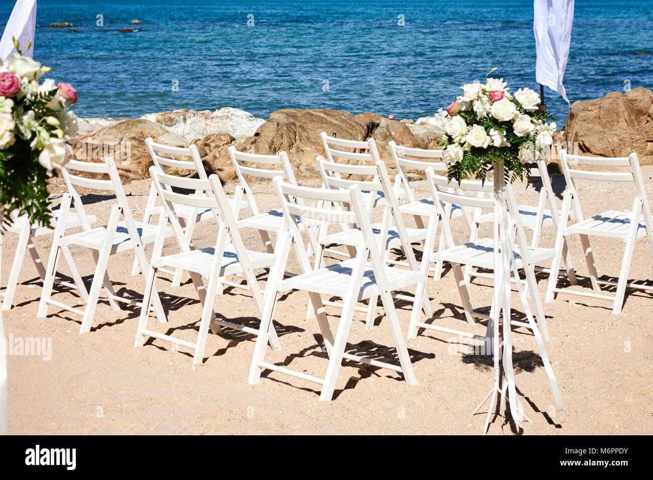 Matrimonio Spiaggia Decorazioni : La spiaggia matrimoni la preparazione prima della cerimonia fiori