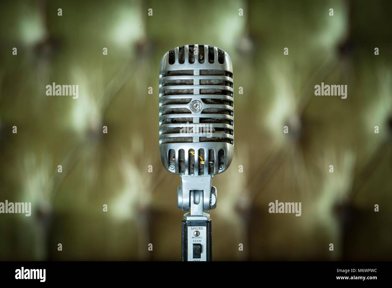 Vintage Elvis Presley Shure 555W Unidyne microfono dinamico dagli anni sessanta. Immagini Stock