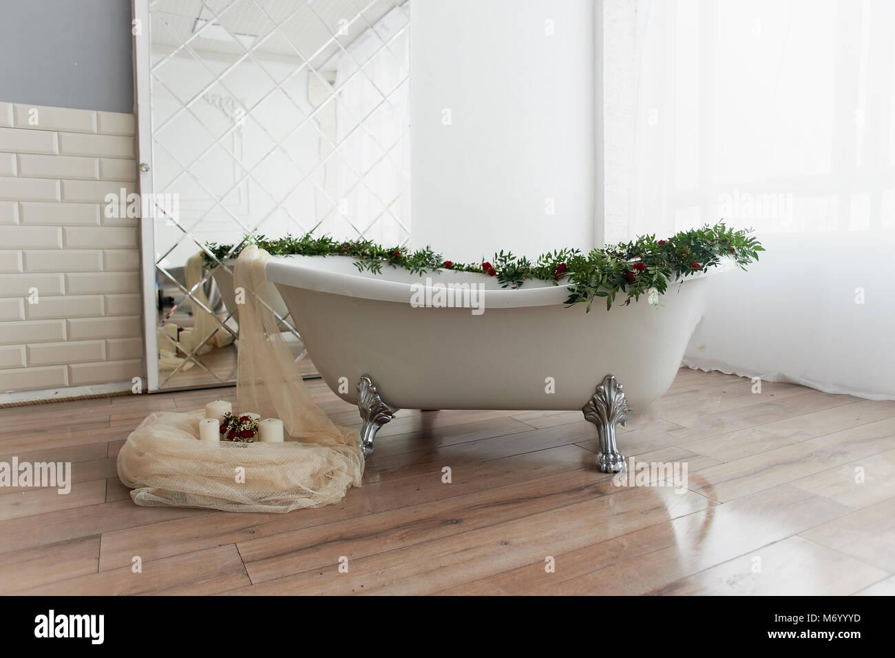 Vasca Da Bagno Con Zampe : Makeyourhome stanza da bagno che sia romantica con vasca da
