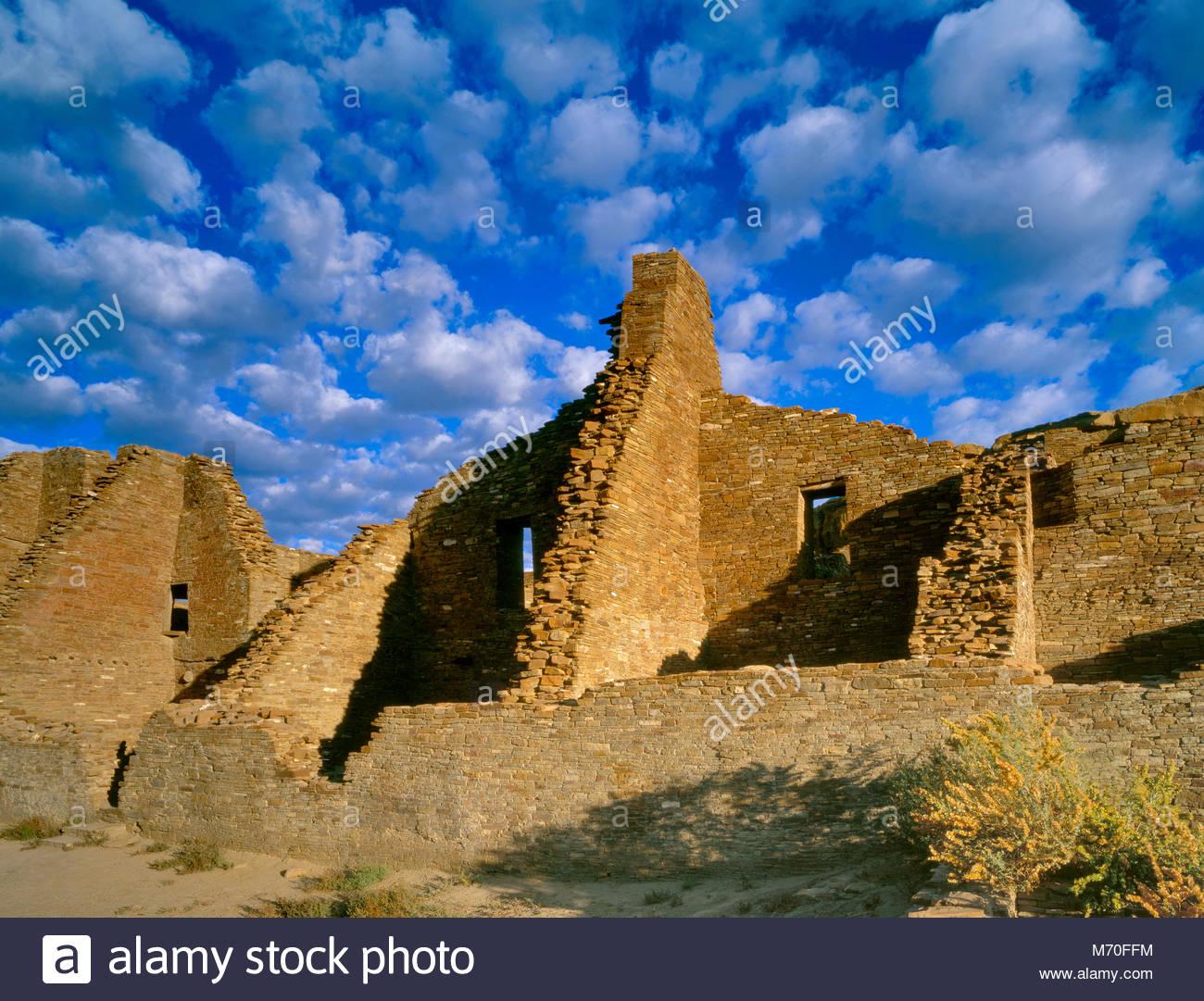 Rovine Pueblo Bonito, Chaco Culture National Historical Park, New Mexico Immagini Stock