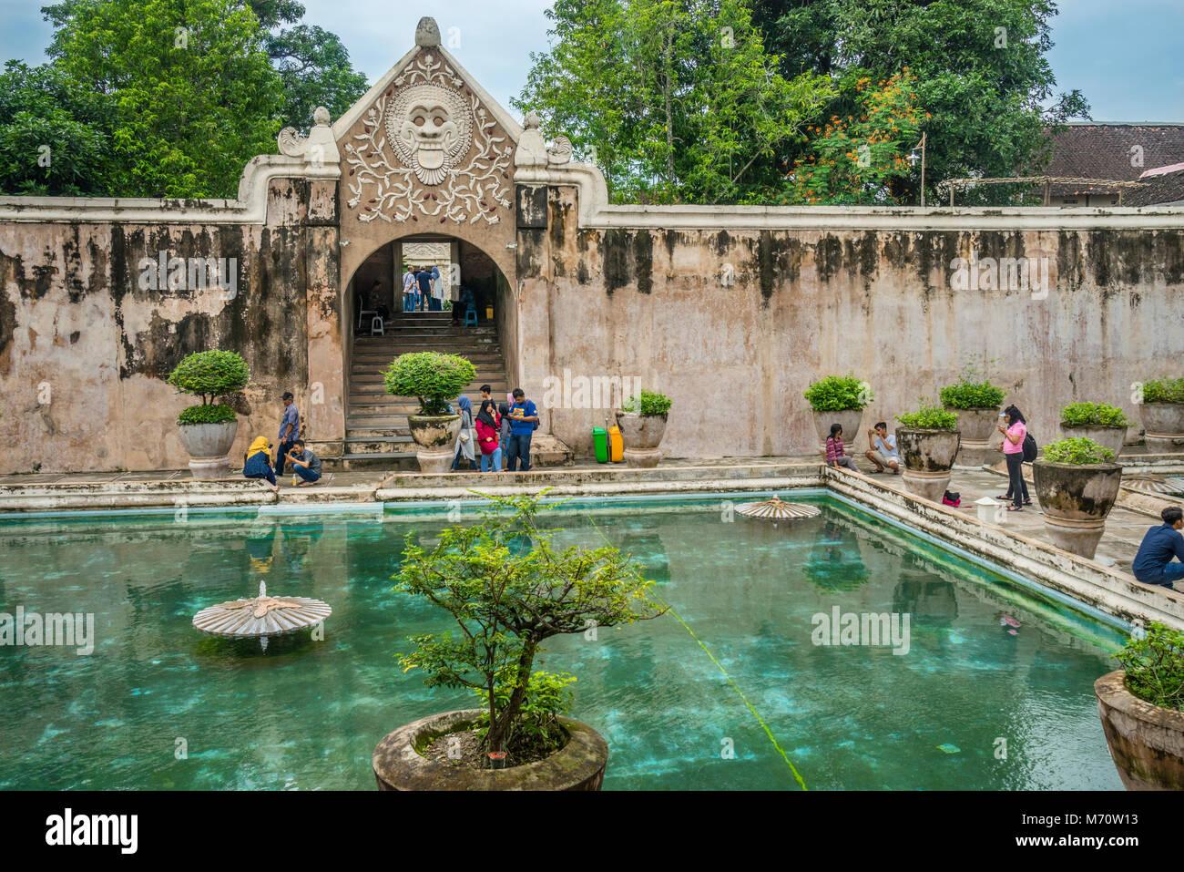 Complesso balneare di Taman Sari Castello d'acqua, il sito di un ex giardino reale del sultanato di Yogyakarta, Immagini Stock
