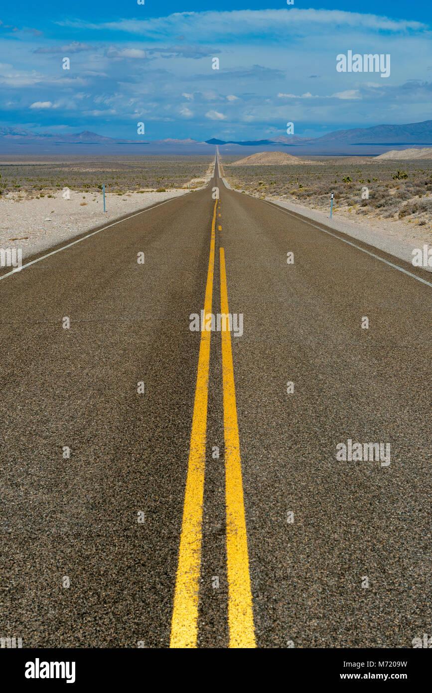 L'autostrada extraterrestre, autostrada, Route 375, Nevada Immagini Stock
