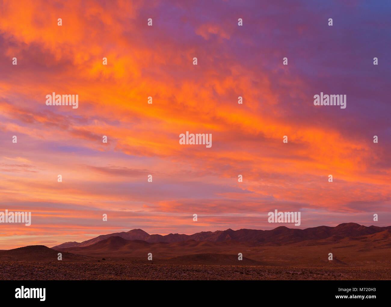 Sunrise, Coyote vertice, Timpahute Range, Nevada Immagini Stock