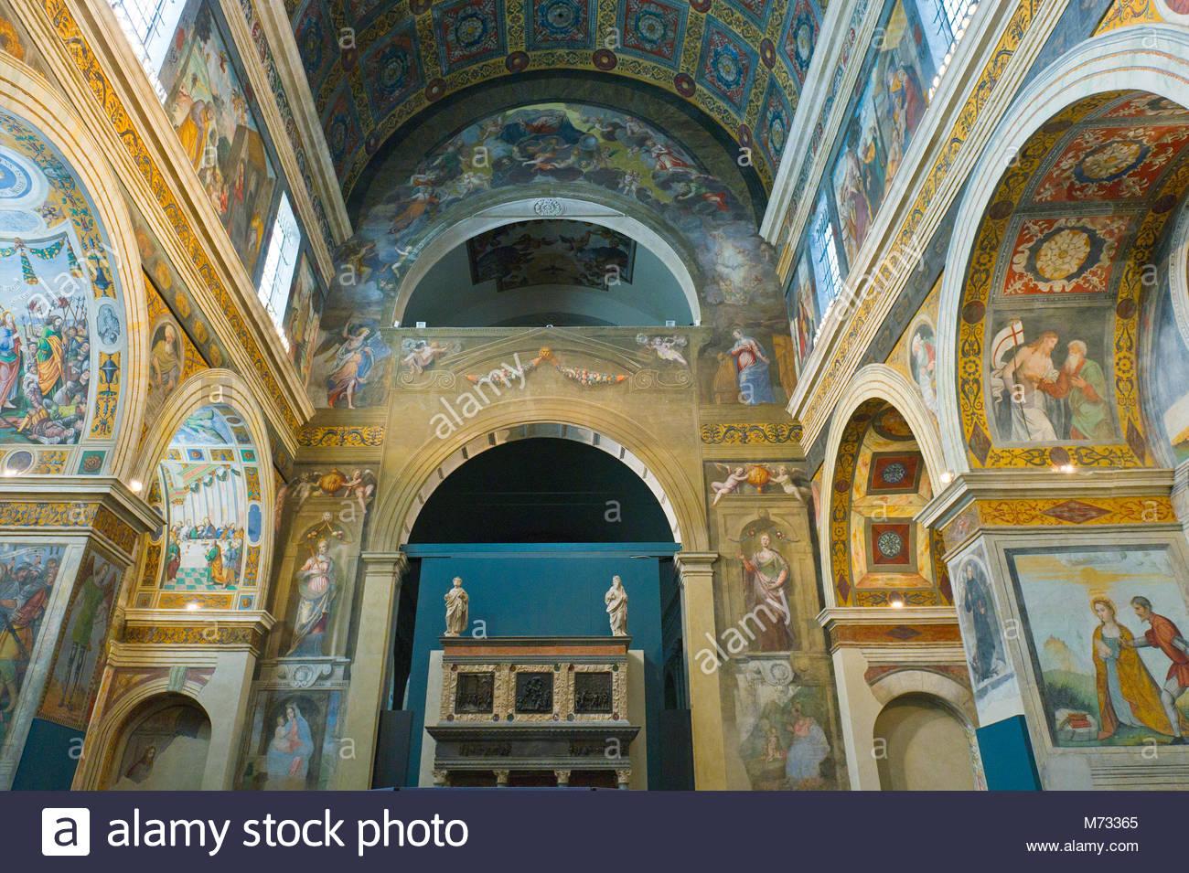 Museo Santa Giulia Brescia.Museo Di Santa Giulia Chiostro Delle Monache Brescia Italia Foto