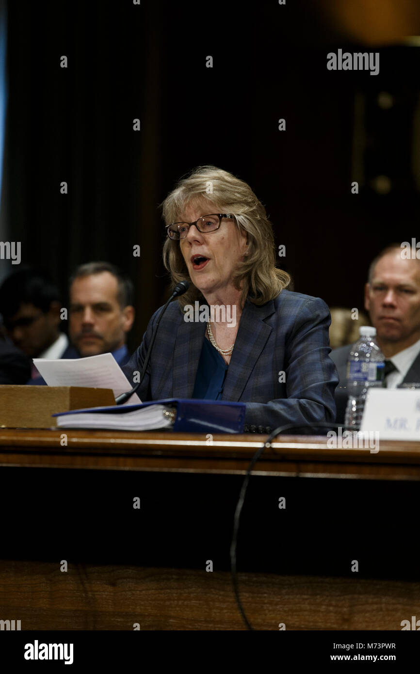 Washington, Stati Uniti d'America. 07Th Mar, 2018. Brenda Farrell del governo degli Stati Uniti Accountability Office Foto Stock
