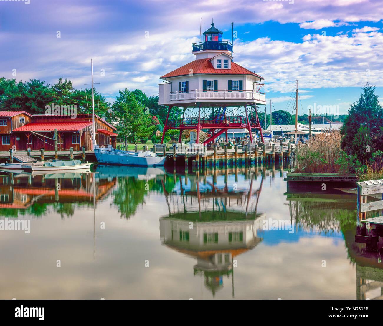 Punto di tamburo Liighthouse, Calvert, Maryland, Chesapeake Bay, costruito nel 1883 Foto Stock