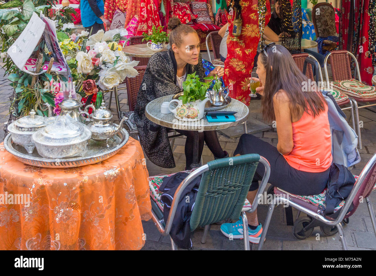 Turkish Service Immagini & Turkish Service Fotos Stock - Alamy
