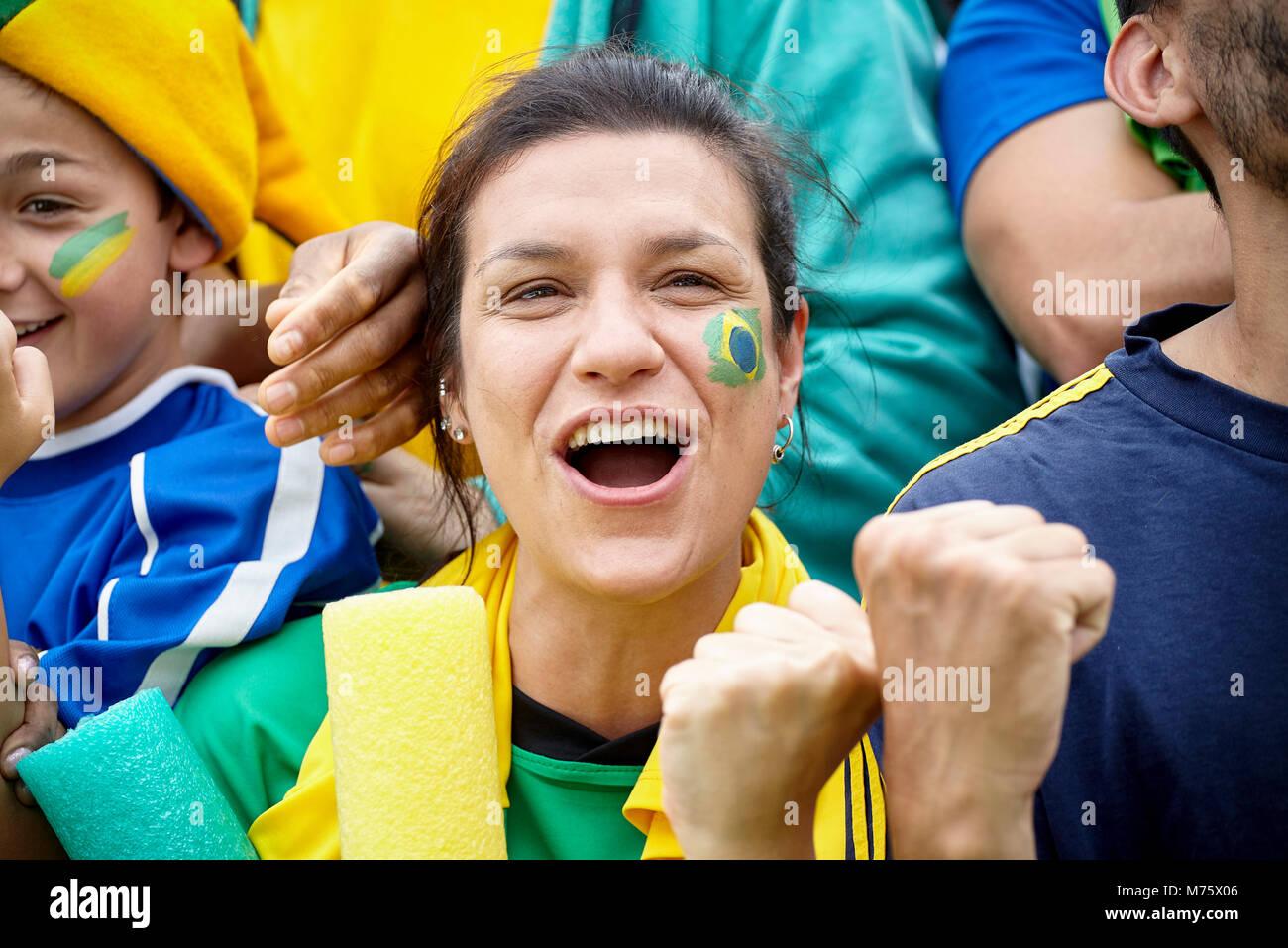 Il calcio brasiliano appassionati di match Immagini Stock
