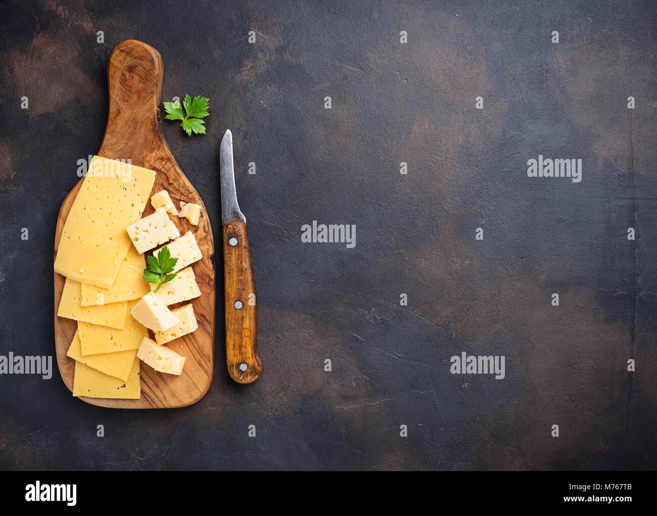 Vari tipi di formaggio a fette Immagini Stock
